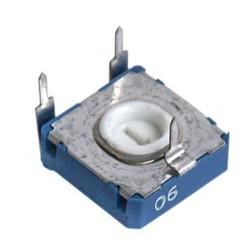 Paderinamas rezistorius 0.15W 100R horizontalus